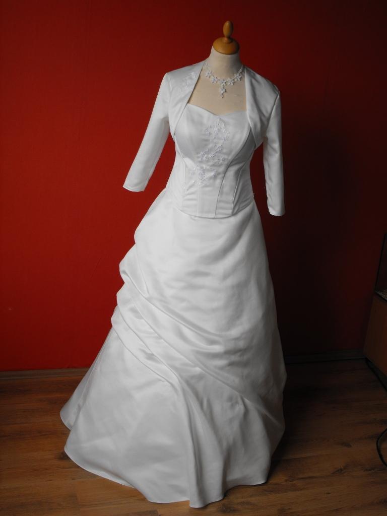 Judit menyasszonyi ruha